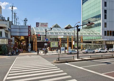 奈良駅前広場大屋根
